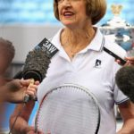 Margaret Court de 74 años y ganadora de                      24 Grand Slam, dijo había dos chicas que generaron el caos en sus tiempos.