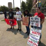 """Foto por Agencias """"Cada vez que quieren quejarse"""", dijo, """"amenazan con enviarlos de regreso a México"""". Los trabajadores fueron reclutados bajo el programa H2A, que también se conoce como un programa de trabajadores invitados."""
