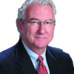 Tomás W. Roach                     abogado de la firma Roach & Bishop, LLP en Pasco, WA.